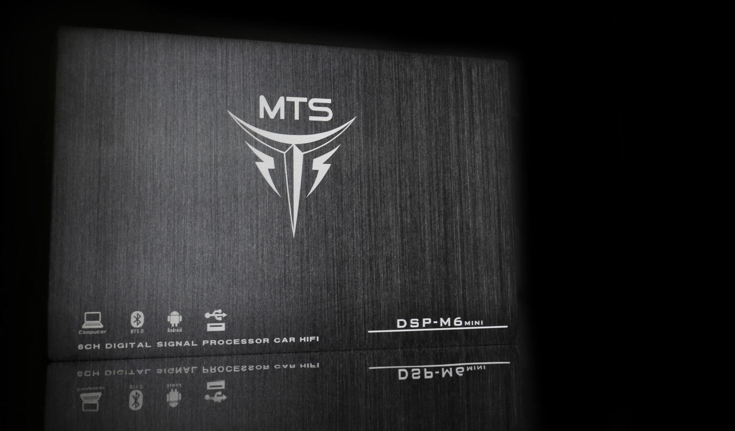 M6mini4.jpg